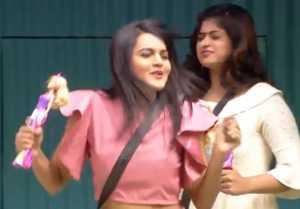 Bigg Boss Kannada Season 6:ಯಾರು ಈ 'ವೈಲ್ಡ್ ಕಾರ್ಡ್' ಸ್ಪರ್ಧಿ ಜೀವಿತಾ, ಎಲ್ಲಿದ್ರು ಇಷ್ಟು ದಿನ?