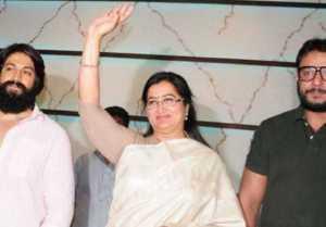 Lok Sabha Elections 2019ಮಂಡ್ಯದಲ್ಲಿ ಸುಮಲತಾ ಪರ ಪ್ರಚಾರಕ್ಕೆ ನಿಂತಿರುವ ದರ್ಶನ್ ಹಾಗು ಯಶ್ ಗೆ ಆಗುವ ನಷ್ಟಗಳೇನು?