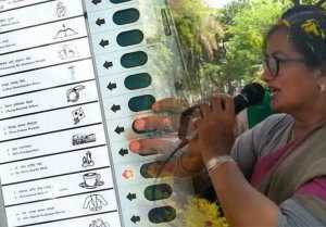 Lok Sabha Elections 2019 : ಮಂಡ್ಯದಲ್ಲಿ ಮೊದಲಬಾರಿಗೆ ತನಗೆ ತಾನು ಮತ ಚಲಾಯಿಸಿಕೊಂಡ ಸುಮಲತಾ