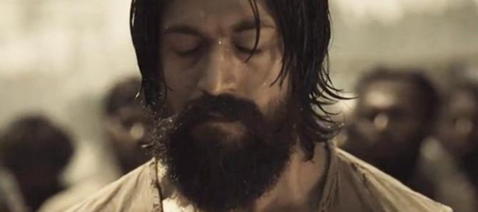 KGF Kannada Movie: ರಾಕಿ ಭಾಯ್ ಮೇಲೆ ಬಿತ್ತು ಪರಭಾಷಿಗರ ಕಣ್ಣು