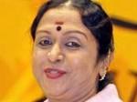 B Saroja Devi Favours Kannada Dubbing Aid
