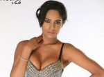 Poonam Pandey Sizzles In Malini And Co