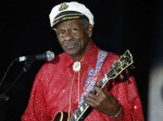 Chuck Berry Rock And Roll Pioneer Dies At
