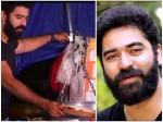 Actor Shine Shetty Prepare Dosa In Food Truck On Street Side