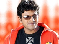 Puneeth To Star In Kannada Remake Of Nadodigal