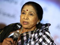 Asha Bhosle Slap Legal Notice On Actress Sadhana Aid