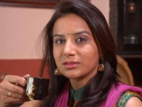 Pooja Gandhi May Join Bsr Congress Quits Kjp