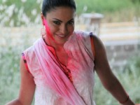 Actress Veena Malik Converting To Hindu