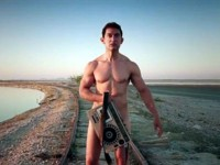 Aamir Khan S Pk Transistor Receives Rs 1 5 Crore Offer