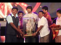 Kiccha Sudeep Felicitated At Spb Sadhu Kokila Musical Night