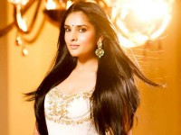 Ramya Aka Divya Spandana Returns Back To Bangalore