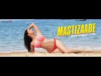 In Pics Sunny Leone S 27 Bikinis In Mastizaade