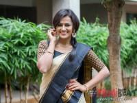 Watch Video Shradha Srinath Celebrates Sankaranthi
