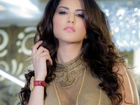 Sunny Leone Reveals Her Favourite Cricketer Name And Team