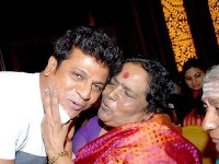 V Manohar Mother S Day Special Song Is On Dr Parvathamma Rajakumar