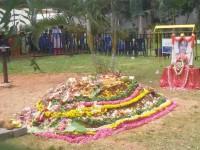 Raj Family Performed Pooja To Burial Ground Of Parvathamma Rajkumar