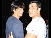 Shahrukh Khan Gives Car Gift To Salman Khan