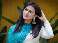 Shraddha Srinath Play Lead Opposite Duniya Vijay In Johnny Johnny Yes Pappa