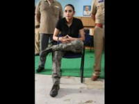 Kannada Actress Ragini Dwivedi Injured At Mmch Shooting Place