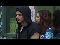 Bigg Boss 11 Priyank And Benafsha Getting Too Close