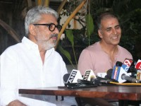 Akshay Kumar Padman Postponed