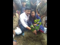 Kannada Actor Ganesh Campaigning For Wife Shilpa