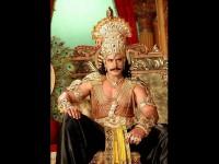 Darshan Take Gift From Kurukshetra Set