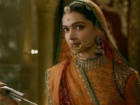 Read Deepika Padukone Starrer Bollywood Movie Padmaavat Twitter Review