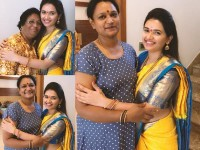 Pavithra Gowda With A Darshans Family Photo Is A Viral On The Social Networking