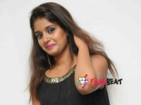 Rapid Rashmi Gets Rape Threats Online