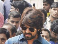 I Will Support Who Ever Will Support Me In Planting 5 Lakh Saplings In Bengaluru Says Yash
