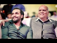 Srimurali Wishes His Father Chinne Gowda For Becoming Kfcc President