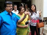 Thara And Meghana Raj Family Voted In Jayanagar