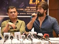Bollywood Actor Farhan Akhtar Distributing The Hindi Version Kgf