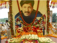 Controversies With Dr Vishnuvardhan Memorial