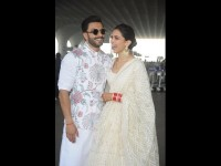 Deepika Padukone And Ranveer Singh Reach Bengaluru