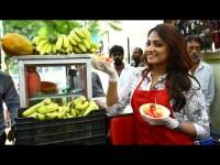 Sada Nimmondige Kannada Actress Haripriya Sells Fruit Salad In Chamarajpet