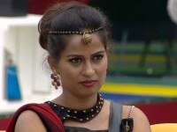 Bigg Boss Kannada 6 Week 7 Stay Away From Rakesh Says Akshatas Mother