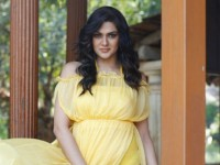 People Are Offering Me One Crore For One Nite Says Sakshi Chaudhary