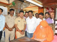 There Will Be No Movie Show Tomorrow Due To Shivakumara Swamiji Death