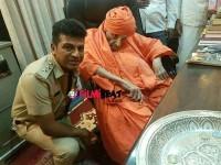 Shivaraj Kumar Condolence To Shivakumara Swamiji Death
