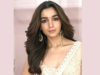 Alia Bhatt Reveals She Cannot Cast Her Vote In The Lok Sabha Elections