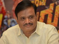 Kannada Film Industry Some People Angry About Producer Munirathna Decision