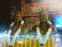 Dr Vishnuvardhan And Ambarish Statue
