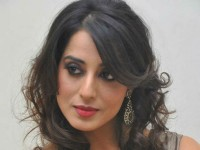 Actress Mahie Gill Cast And Crew Were Allegedly Attacked By Drunk Goons