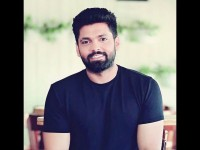 Rakshith Shetty Starrer Avane Srimannarayana And 777 Charlie Movies Posters Released