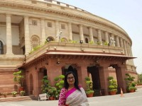 Mp Sumalatha Took A Photo Front Of Parliament
