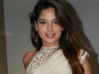 Tanya Hope Plying Importent Role In Telugu Actor Ravi Teja Starrer Disco Raja