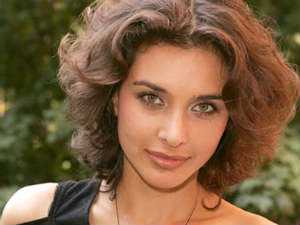Actress Lisa Ray