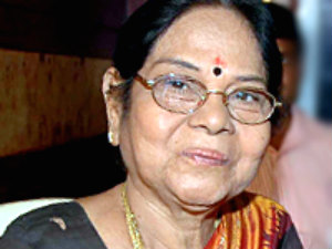 Actress Leelavathi admits hospital